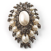 Oversized Vintage Corsage Faux Pearl Brooch (Light Cream)