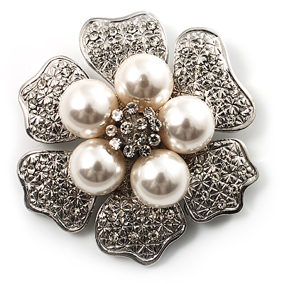 6-Petal Imitation Pearl Floral Brooch (Silver&White)