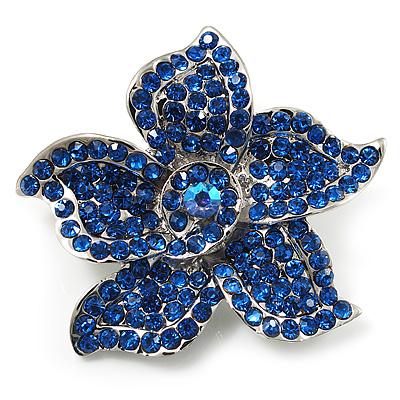 Small Sapphire Coloured Diamante Flower Brooch (Silver Tone)