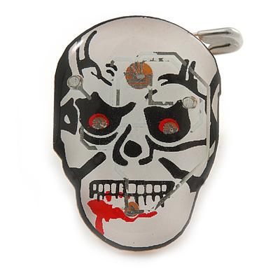 Flashing LED Blue and Red Lights Halloween Bleeding Skull Brooch - 30mm