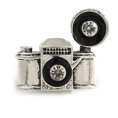 Vintage Inspired Aged Silver Tone Small Camera Brooch - 30mm Across