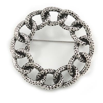 Vintage Inspired Textured Wreath Brooch In Aged Silver Tone Metal - 45mm Diameter