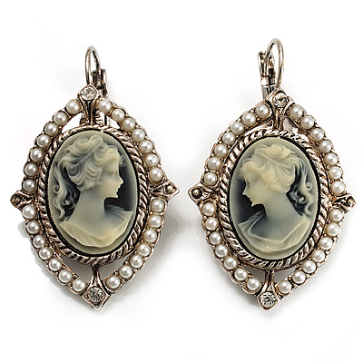 Vintage Cameo Imitation Pearl Drop Earrings (Burn Silver)