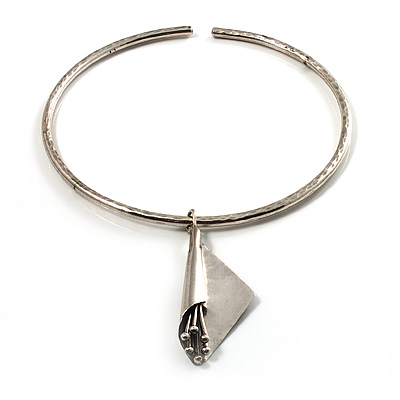 Hammered Stainless Steel Lucky Sail Choker Necklace