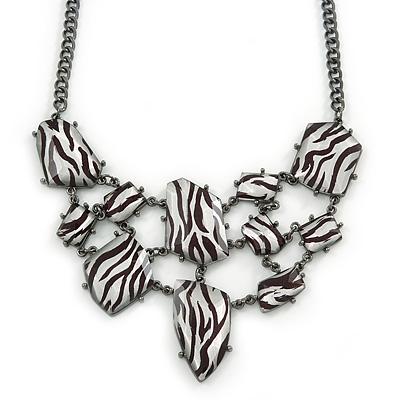 Black/ White Zebra Print Bib Style Statement Necklace In Black Tone Metal - 39cm L/ 7cm Ext/ 8cm Bib