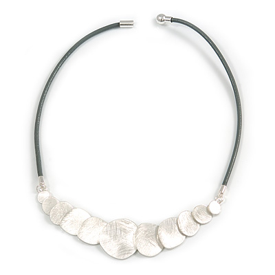Mouse Grey Leather with Light Silver Scratched Gradusted Disks Magnetic Necklace - 47cm L