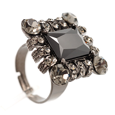Queen Of Beauty Jet-Black Crystal Cocktail Ring