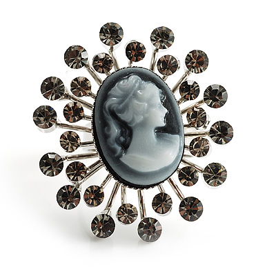 'Classic Lady' Cameo Diamante Ring - avalaya.com :  blue cameos diamante glam