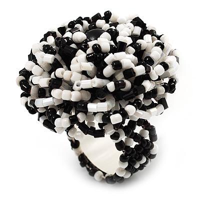 Black & White Glass Bead Flower Stretch Ring