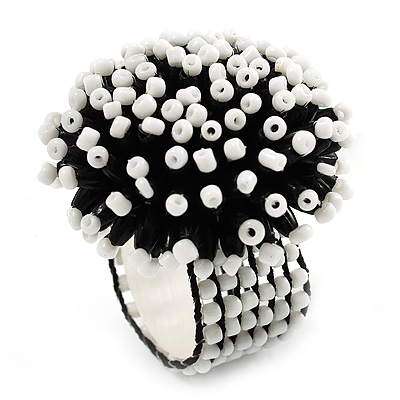 Black & White Glass Floral Stretch Ring - main view