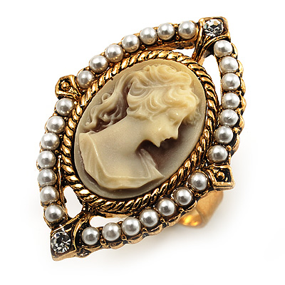 Vintage Filigree Simulated Pearl Cameo Ring (Gold Tone)